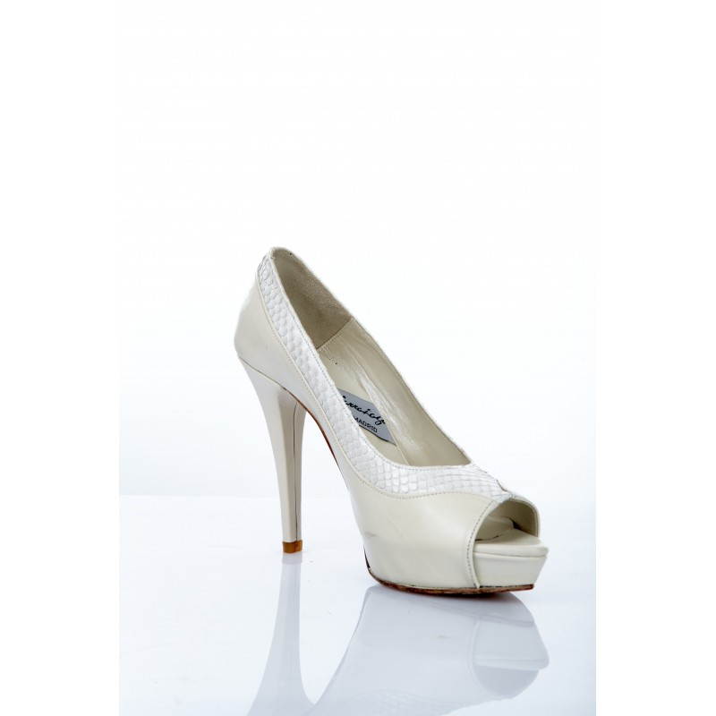 zapato-piton-blanco
