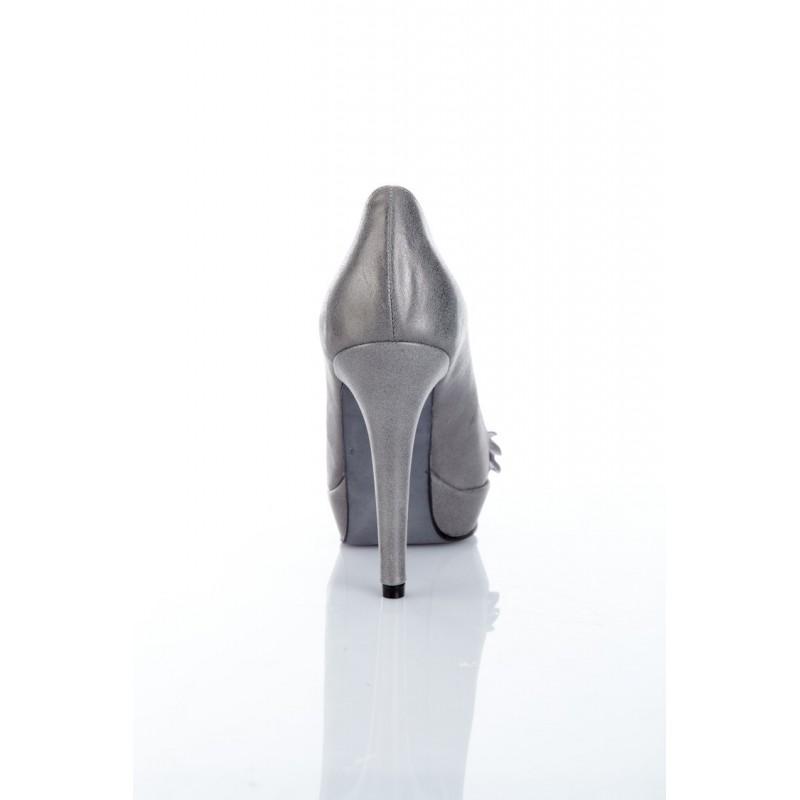 zapato-mujer-charol-gris-plata-tacon-alto