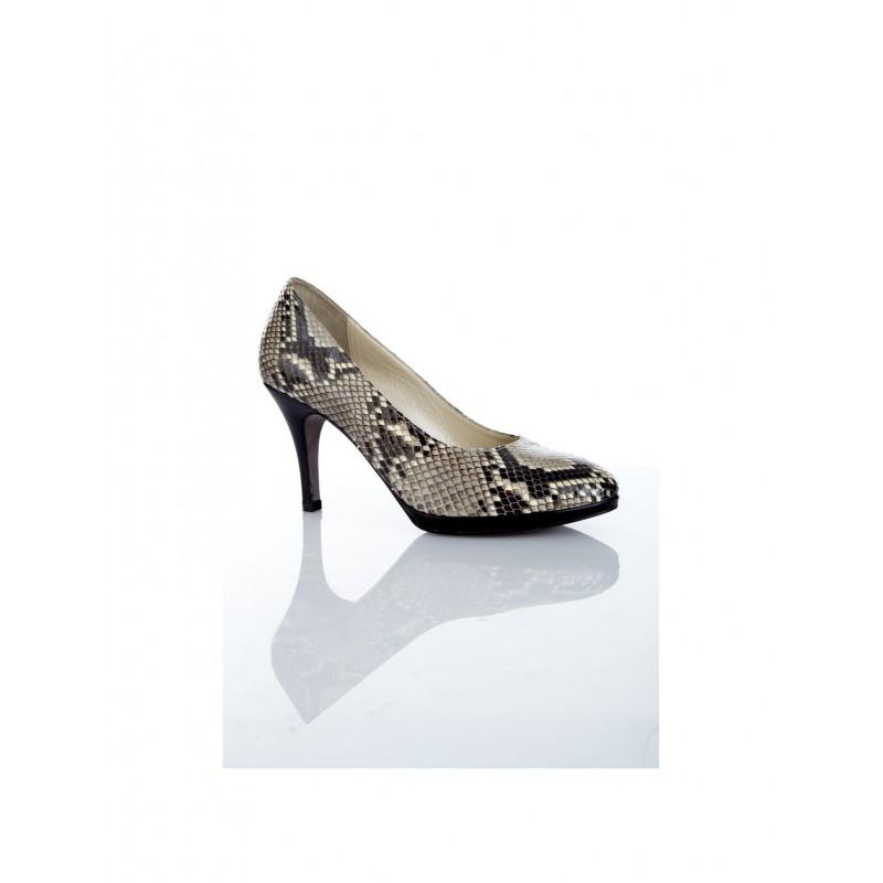 zapato-salon-mujer-piton-natural-charol-negro