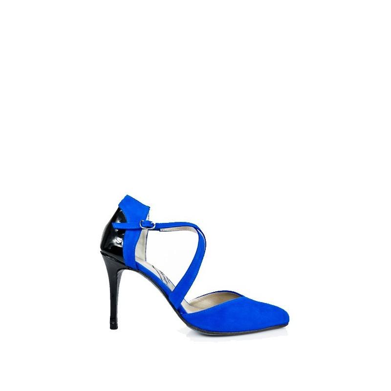 zapatos azules de novia con taconazo en ante y charol negro