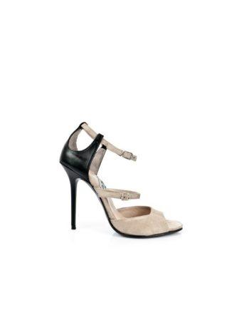 zapatos de novia en ante nude y charol negro con tacon de 9 cm y dos tiras en empeine con hebilla