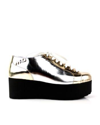sneakers en piel metalizada espejo oro y plata con plataforma