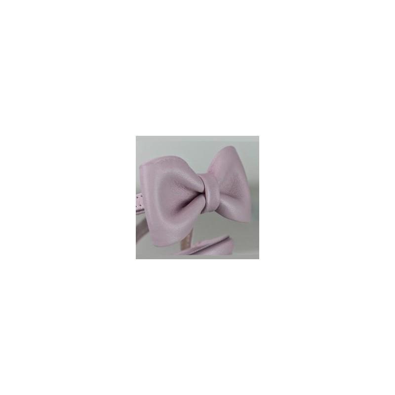 Lazo-zapatero-piel-rosa-zapato