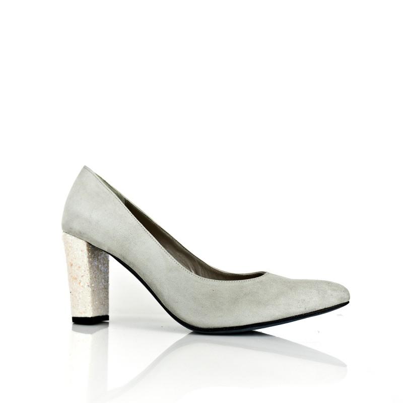 zapato tacon ancho