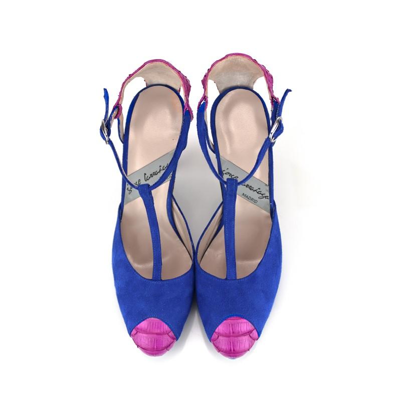 zapatos ante azul y piton fucsia con plataforma y tacon de 8 cm