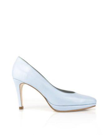 zapatos de novia en piel azul claro con tacon de 8 cm