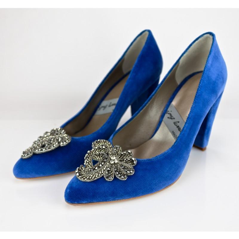 pedreria para tus zapatos bordado a mano