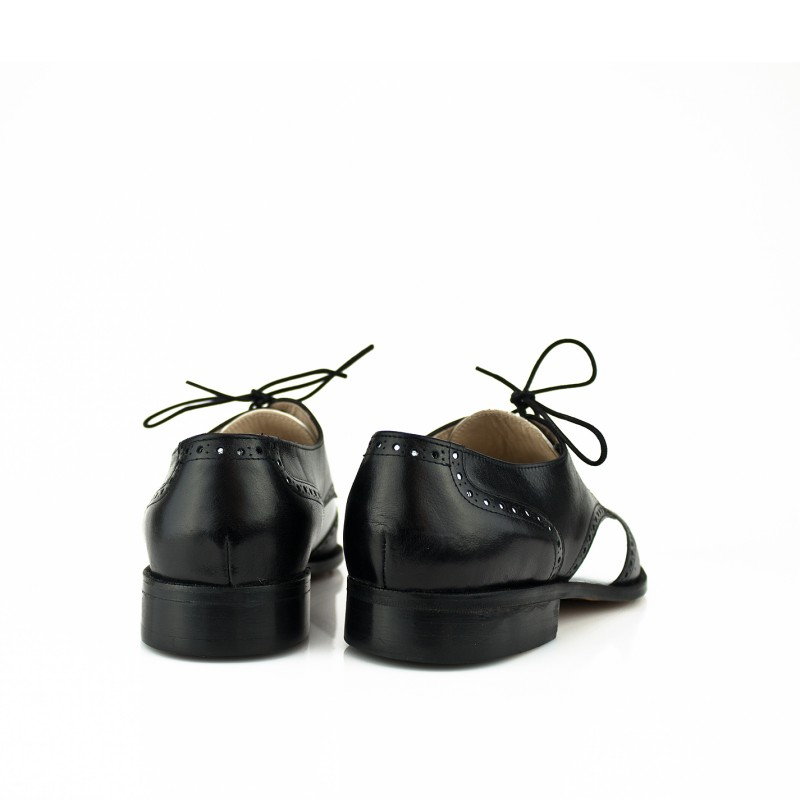 zapatos de caballero tipo oxford en blanco y negro piel box con contrapicados y suela de cuero cosida a mano