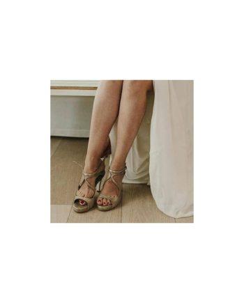 sandalias de novia con tacon de 8 cm en piel metalizada bronce