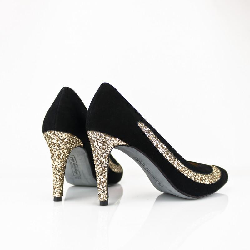 zapatos de fiesta de mujer con tacon de 8 cm en ante negro y tacon en glitter oro dorado