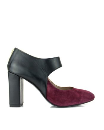 zapatos de fiesta de mujer en ante rioja rojo burgundy y piel color negro tacon de 8 cm y cremallera metalica dorada