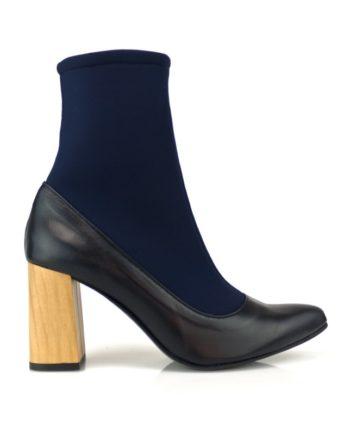 botines mujer azul marino en piel y caña elastica calcetin con tacon acampanado de 8 cm en color madera