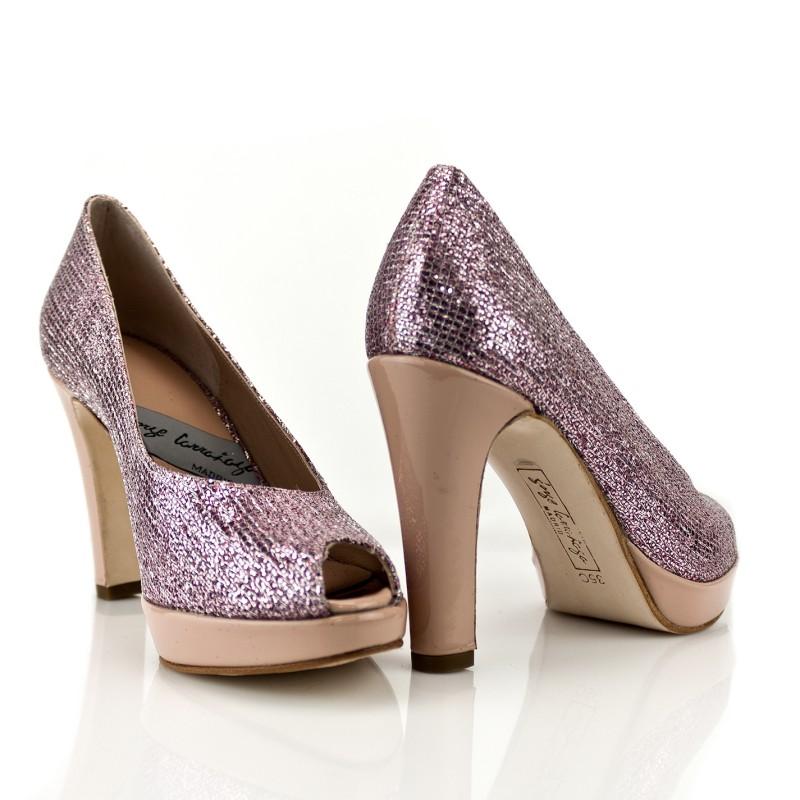 zapatos peeptoes en charol nude y glitter con plataforma y tacon de 9 cm
