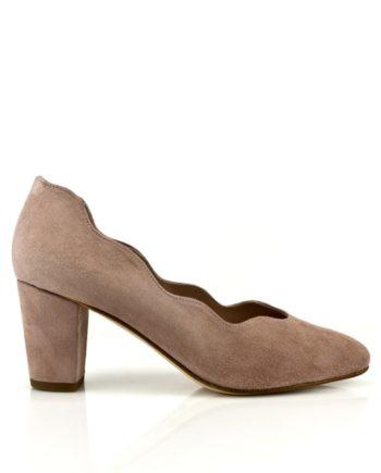 zapatos salon en ante nude con tacon ancho de 6 cm