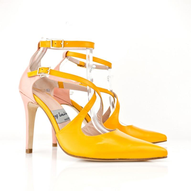 stilettos amarillos curry tacon 9 cm en piel doble pulsera hebillas doradas