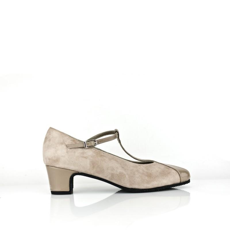 zapato salon ancho especial de mujer en ante y charol taupe marron