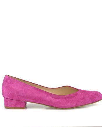 zapatos salon de mujer planos en ante geranio color buganvilla muy escotado empeine