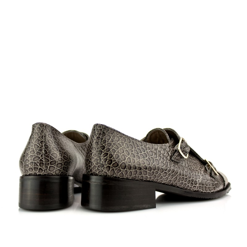 zapatos planos mujer monkstrap en piel grabada gris trufa doble hebilla