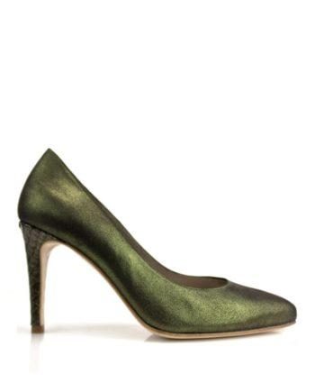 stilettos verde oliva en piel metalizada con tacon en piton de 8 cm