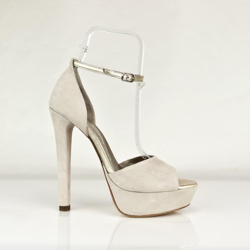 sandalias en ante con plataforma y tacon de 12 cm con pulsera piel metalizada dorado