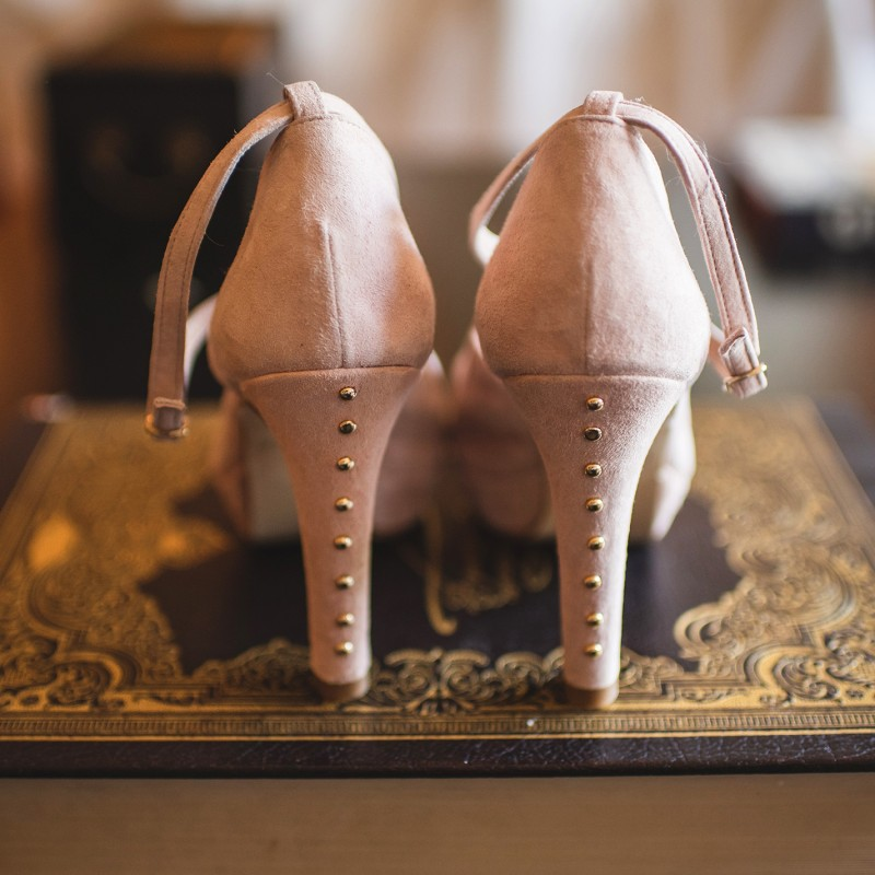 Personaliza tus zapatos con tachas